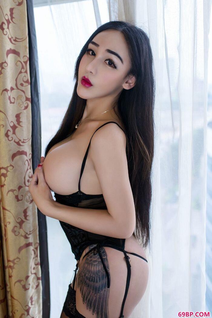 美丽女巫红色情趣泳装大尺度写真照_中国正版西西人体日木图片搜索