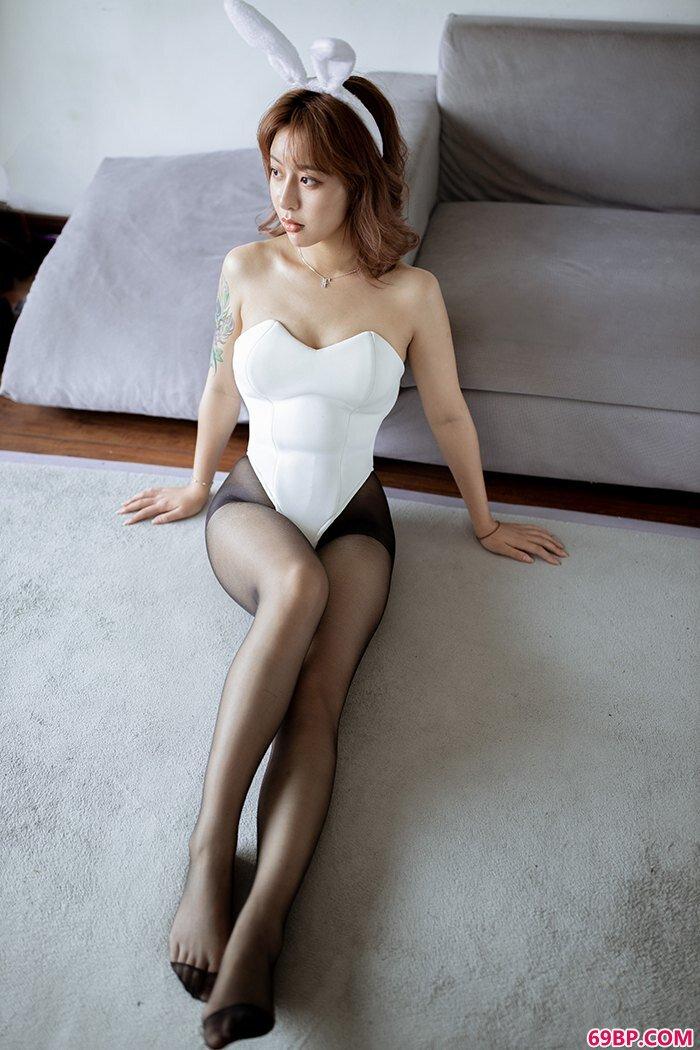 激萌兔女郎糯米黑丝肥臀美味可口_巴西丰乳肥臀人体艺术
