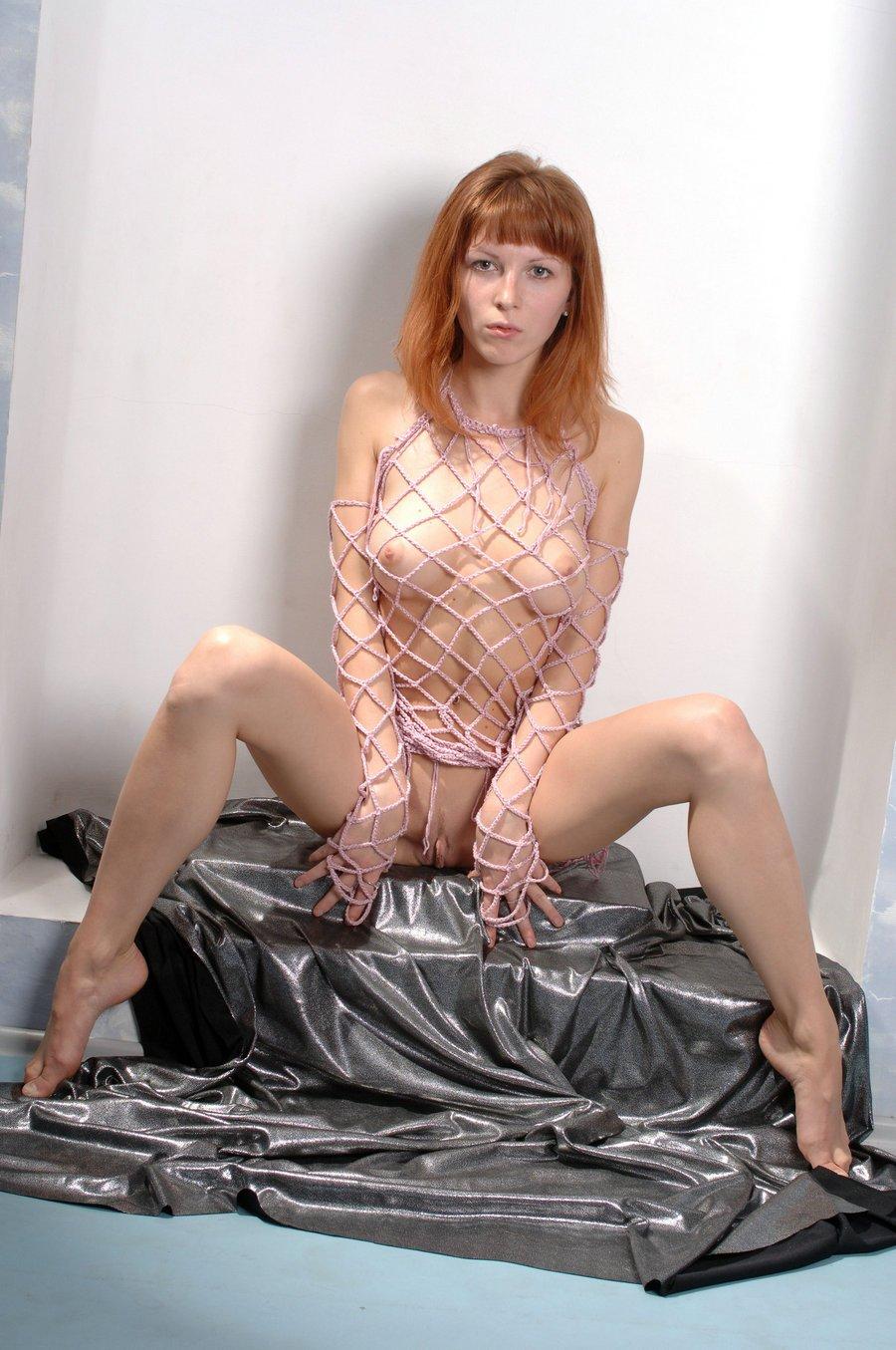 皮肤白嫩身材好的金发靓妹,【人体艺术】人体艺术摄影