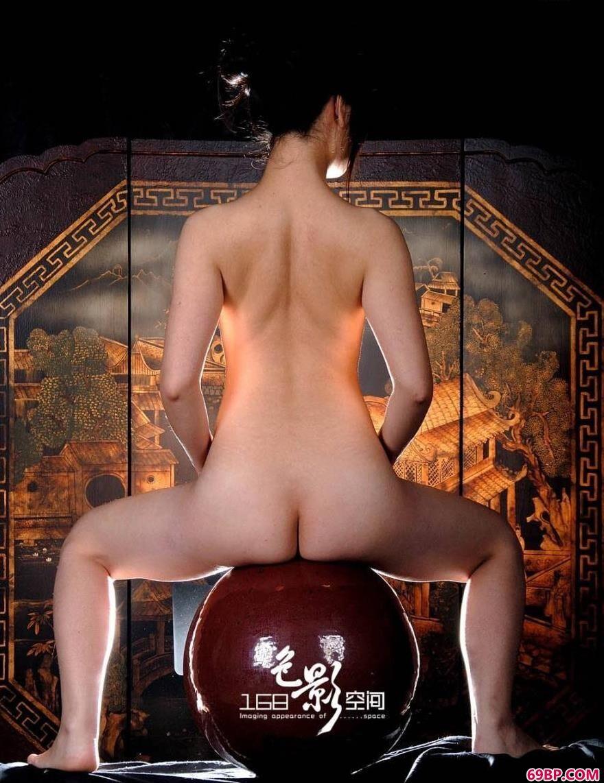 上海美人晶晶人体艺术