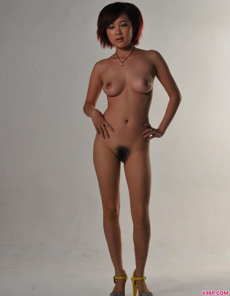 图片棚里的洋娃娃大尺度人体1_人人体艺术