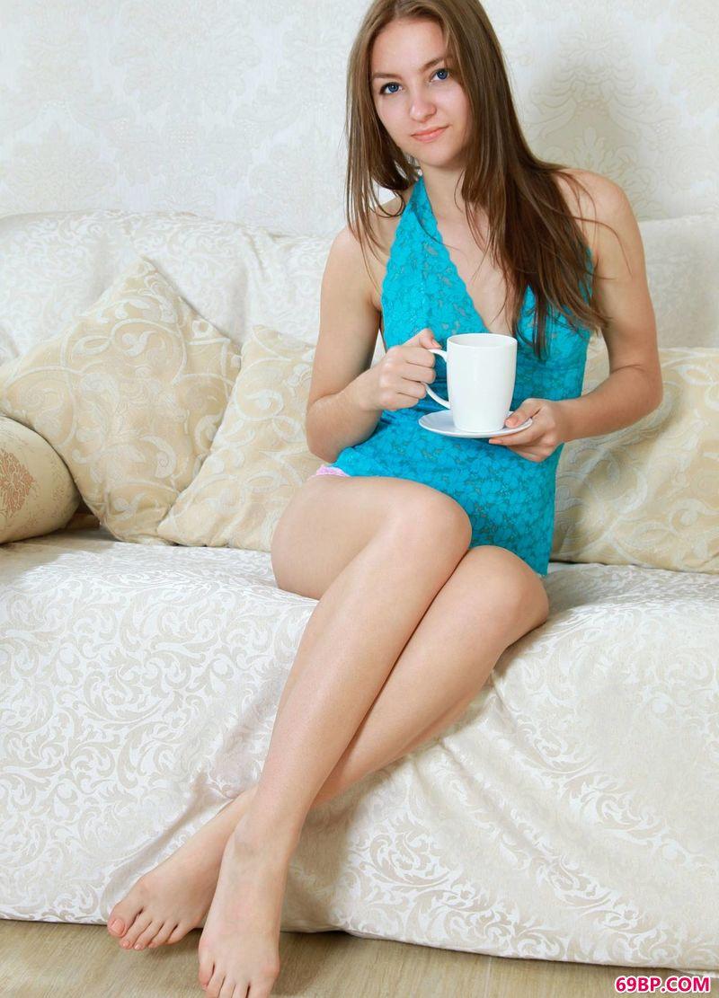 咖啡时光年轻女人Izabel